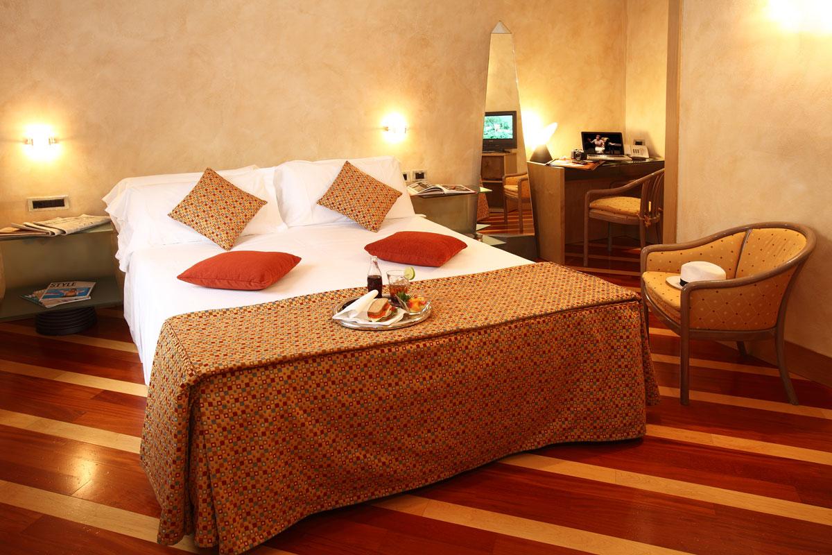 Chambre double Standard et Confort | Hotel Sanpi 4**** Milan Centre