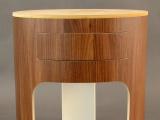 Comodino legno curvo, cassetto a scomparsa